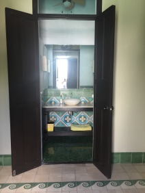 Villa Los Arcos Pool Bath